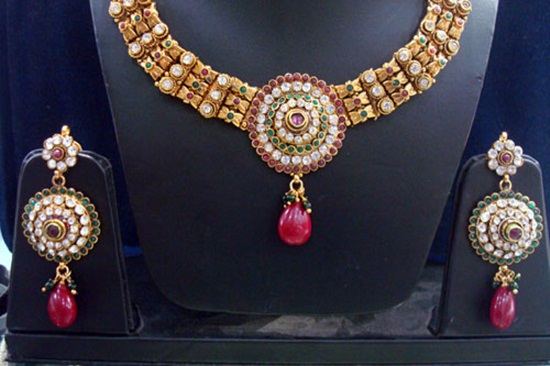 kundan-jewelry-sets- (7)