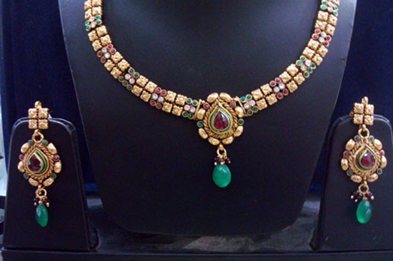 kundan-jewelry-sets- (8)