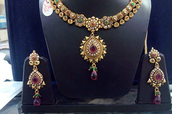 kundan-jewelry-sets- (9)