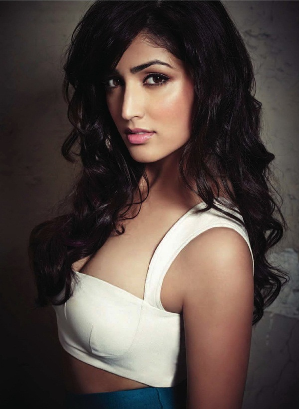 yami-gautam-photoshoot-for-fhm-magazine-june-2014- (5)