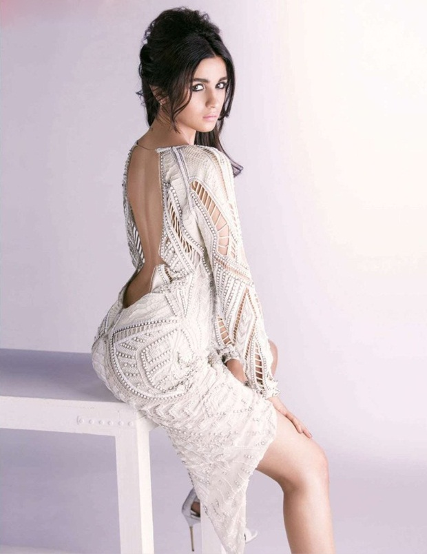 alia-bhatt-photoshoot-for-vogue-magazine-july-2014 (1)