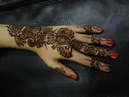 beautiful-mehndi-design-for-eid-2014- (23)