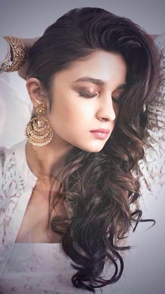 alia-bhatt-photoshoot-for-verve-magazine-august-2014- (2)