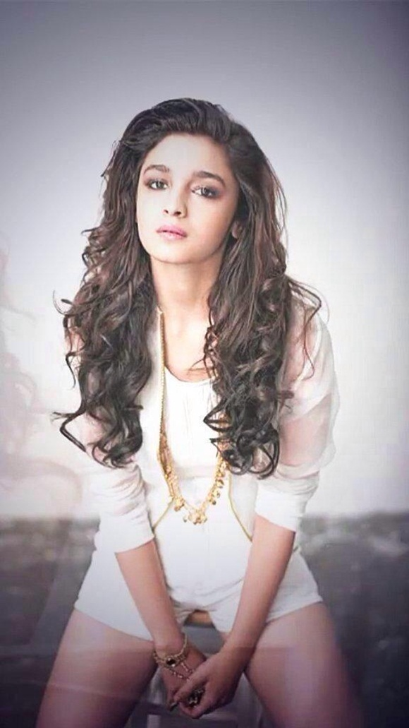 alia-bhatt-photoshoot-for-verve-magazine-august-2014- (3)