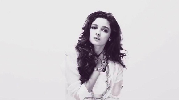 alia-bhatt-photoshoot-for-verve-magazine-august-2014- (9)