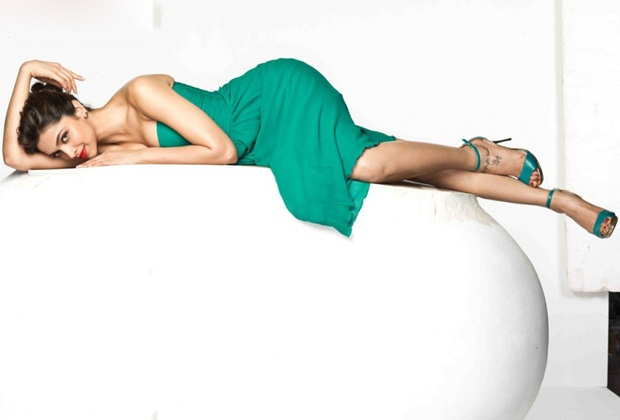 deepika-padukone-photoshoot-for-fiama-soap- (6)