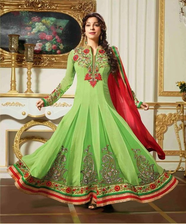 juhi-chawla-indian-party-wear-designer-dresses- (8)