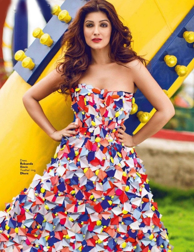 twinkle-khanna-photoshoot-for-vogue-magazine-august-2014- (1)