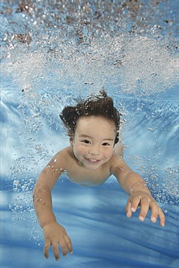 underwater-babies- (12)