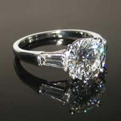 white-gold-engagement-rings- (7)