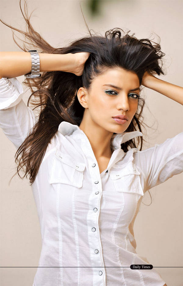 latest-hair-styles-for-girls- (5)