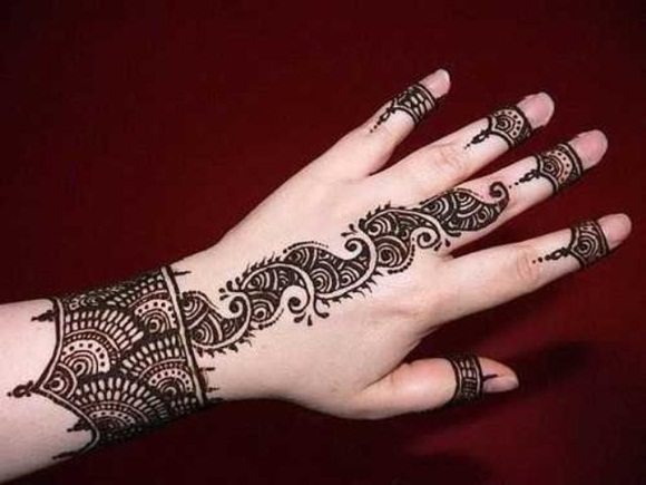 latest-mehndi-designs-for-eid-ul-adha-2014- (11)