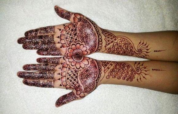 latest-mehndi-designs-for-eid-ul-adha-2014- (19)