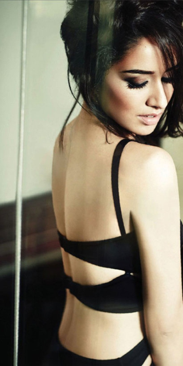 shraddha-kapoor-photoshoot-for-filmfare-magazine-september-2014- (1)