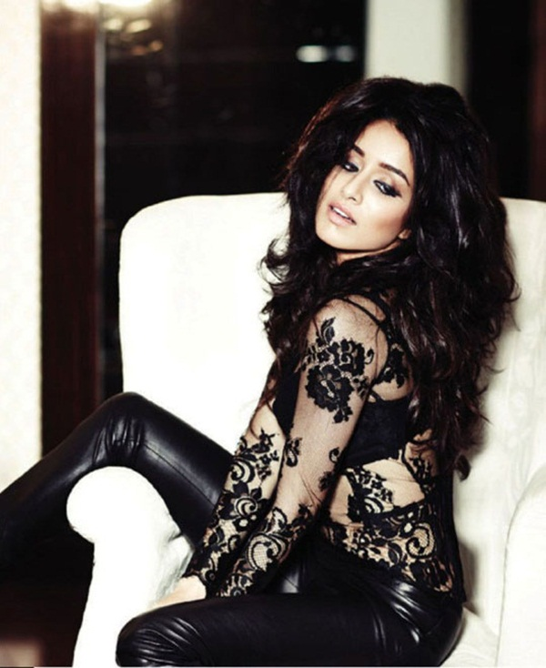 shraddha-kapoor-photoshoot-for-filmfare-magazine-september-2014- (9)