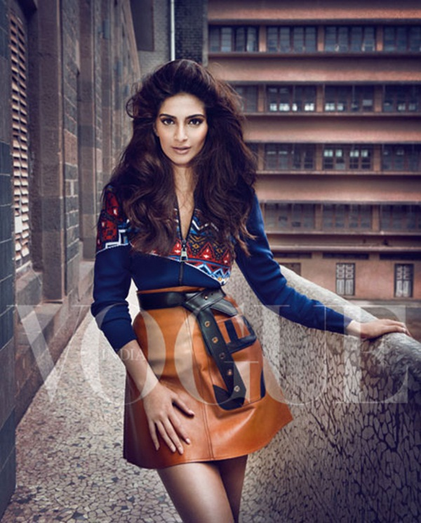 sonam-kapoor-photoshoot-for-vogue-magazine-september-2014- (5)