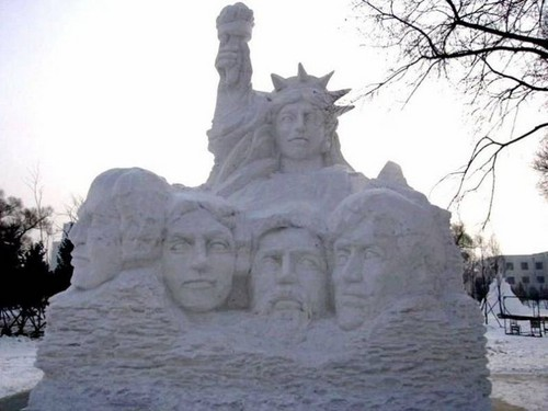 snow-sculptures- (10)