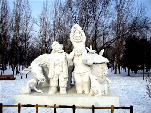 snow-sculptures- (12)