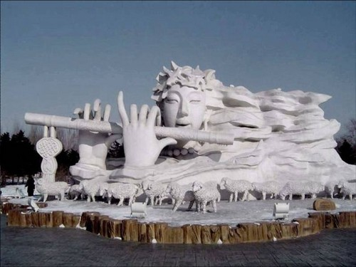 snow-sculptures- (13)