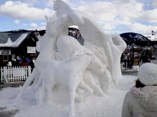 snow-sculptures- (18)