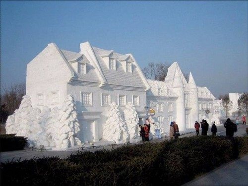 snow-sculptures- (28)