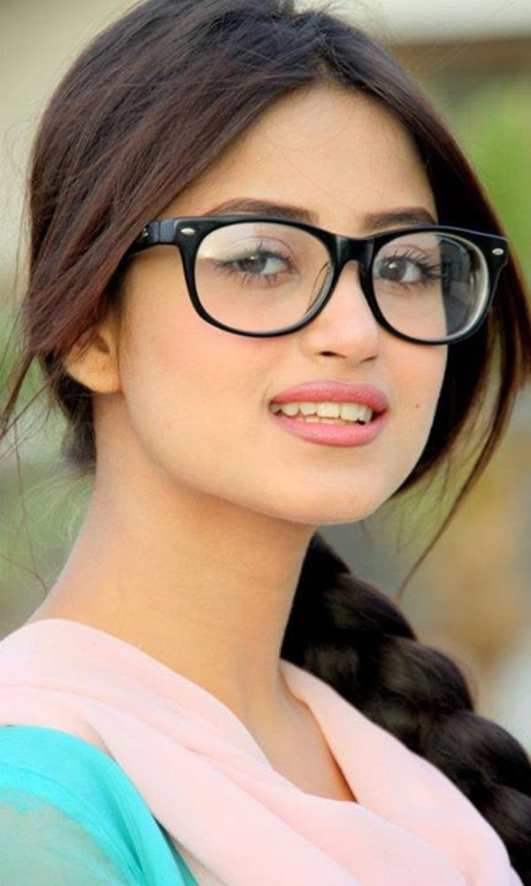 sajal-ali-photos- (14)