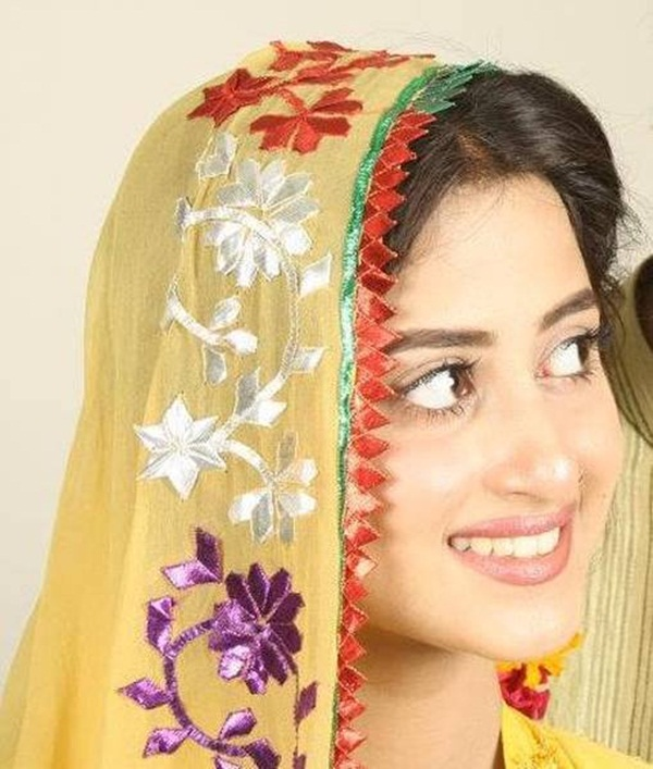 sajal-ali-photos- (19)