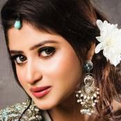 Cute Pakistani Actress Sajal Ali Photos