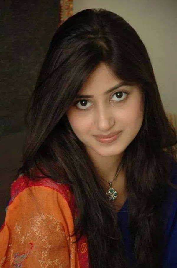 sajal-ali-photos- (25)