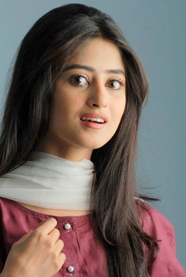sajal-ali-photos- (29)