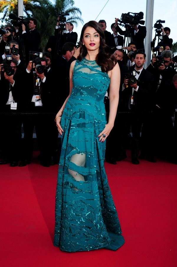 aishwarya-rai-at-cannes-premiere-of-carol-2015- (7)