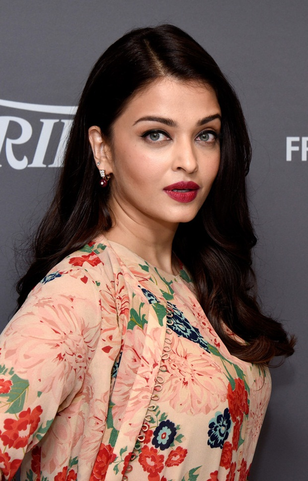 aishwarya-rai-at-cannes-un-women-panel-2015- (8)