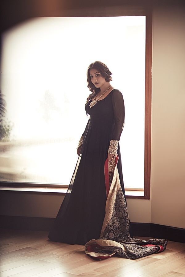 vidya-balan-photoshoot-for-cineblitz-magazine-april-2015- (1)