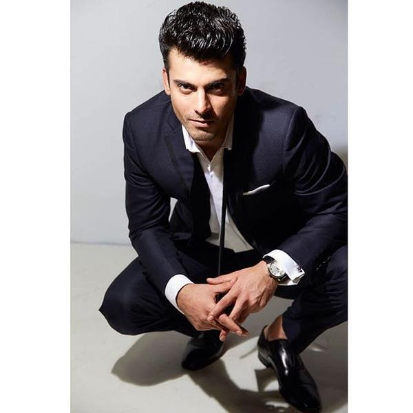 fawad-khan-photoshoot-for-filmfare-magazine-october-2015- (9)
