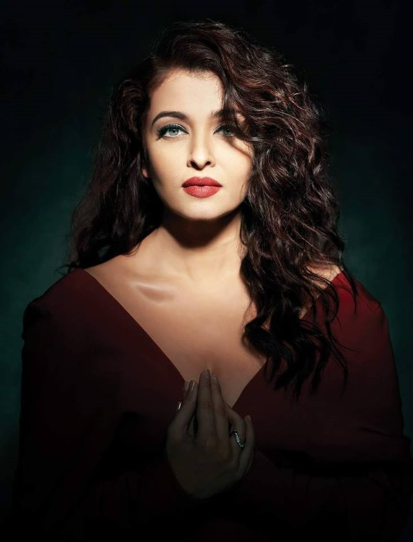 aishwarya-rai-photoshoot-for-filmfare-magazine-october-2015- (8)