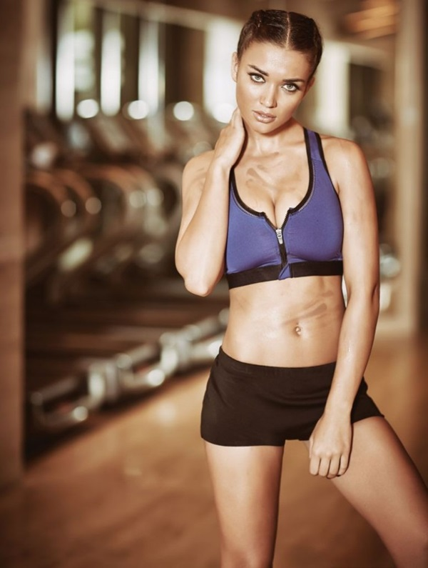 amy-jackson-photoshoot-for-fhm-magazine-october-2015- (8)