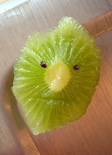 Fun With Fruits (36 Photos)