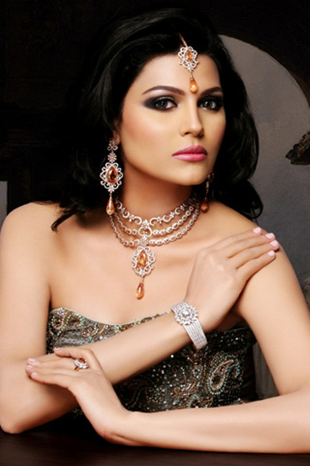 latest-jewelry-collection-by-sarwan-jewelers- (4)