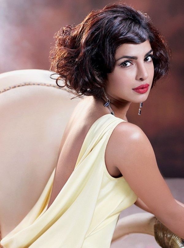priyanka-chopra-photoshoot-for-hello-india-magazine-october-2015- (6)
