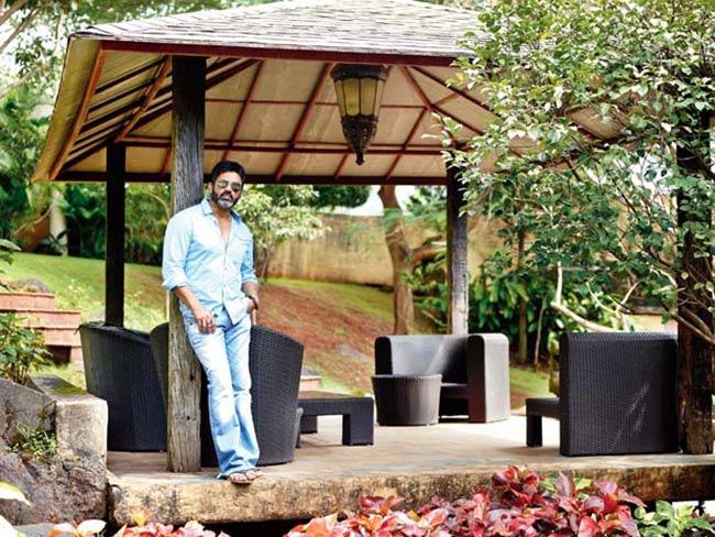 suneil-shettys-house-in-khandala- (2)