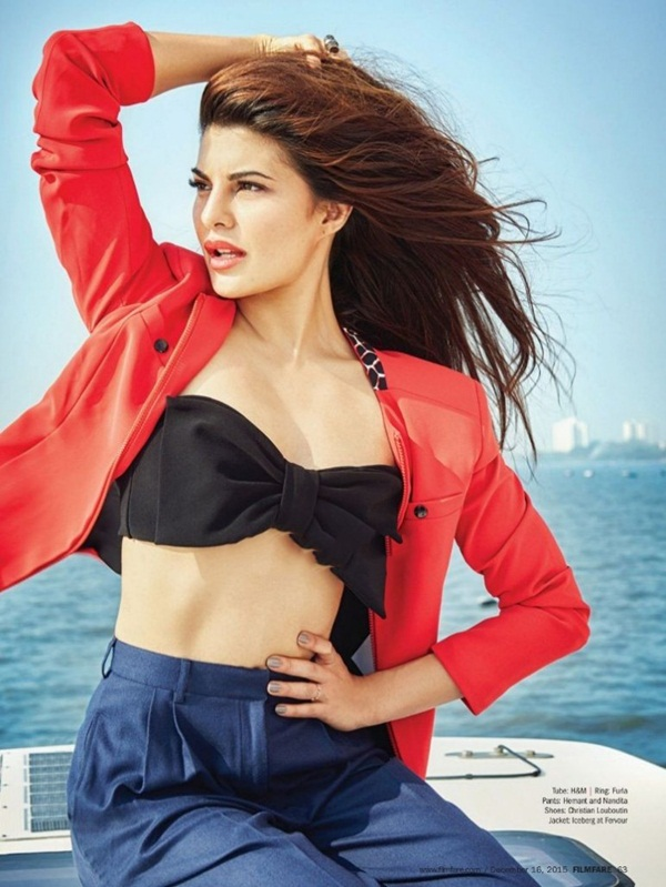 jacqueline-fernandez-photoshoot-for-filmfare-magazine-december-2015- (9)