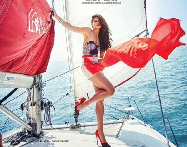 jacqueline-fernandez-photoshoot-for-filmfare-magazine-december-2015- (8)