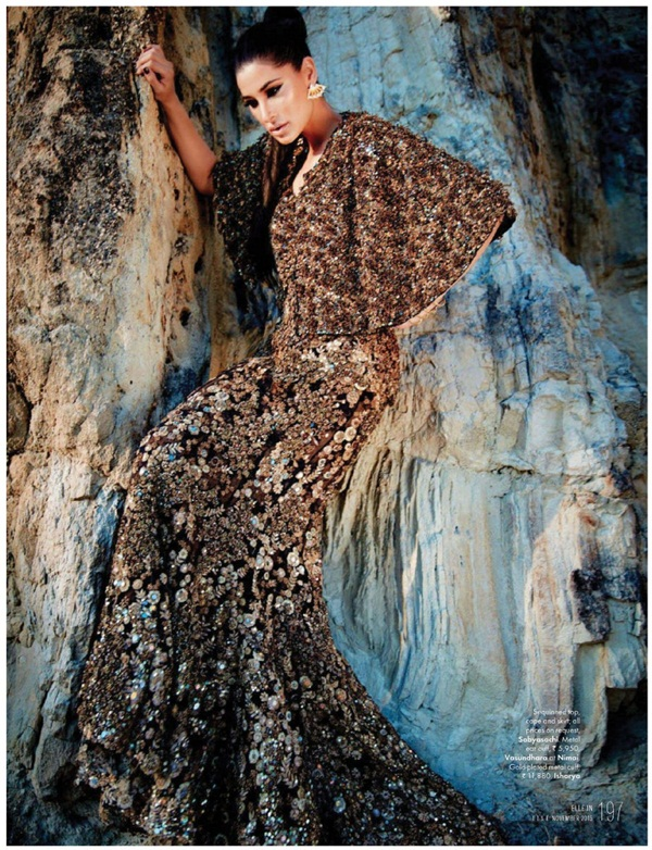 nargis-fakhri-photoshoot-for-elle-magazine-november-2015- (6)