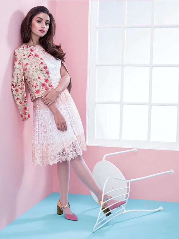alia-bhatt-photoshoot-for-elle-magazine-december-2015- (4)
