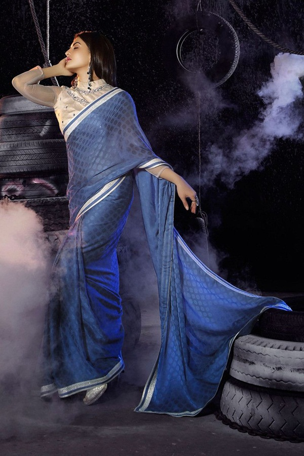 jacqueline-fernandez-saree-collection- (1) (14)