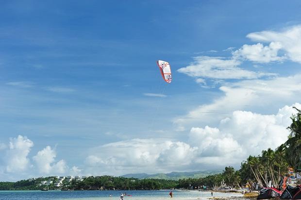 white-beach-boracay- (6)