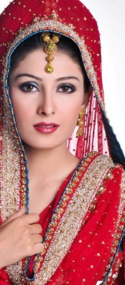 aiza-khan-bridal-photoshoot- (10)