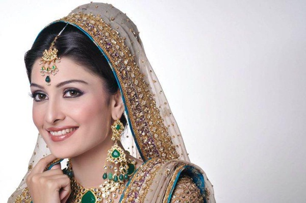 aiza-khan-bridal-photoshoot- (8)