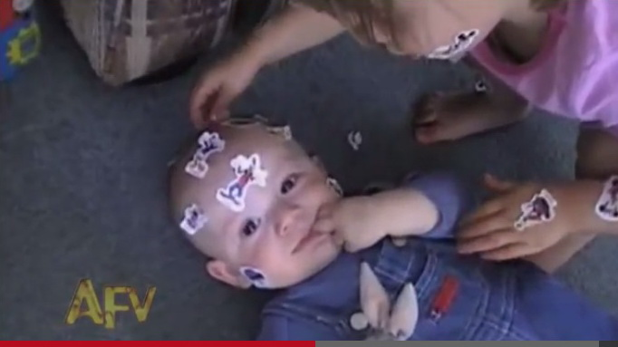 funny-baby-video-