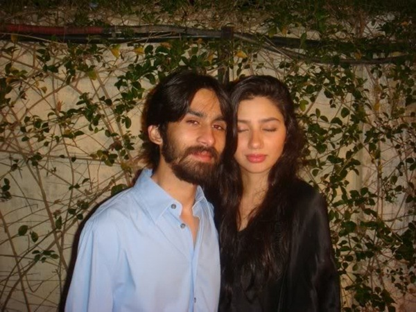 mahira-khan-with-husband-6